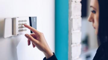 Keyless Entry for Residential Properties – Advantages & Disadvantages