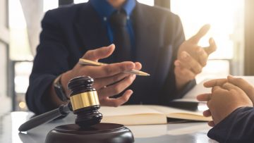 How to Find a Workplace Attorney